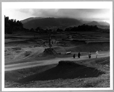 Manuel Alvarez Bravo (Mexican, 1902-2002). Paisaje Chamula, 1972. Gelatin silver photograph, image: 7 x 9 3/8 in. (17.8 x 23.8 cm). Brooklyn Museum, Gift of William Berley, 79.294.13. © Colette Urbajtel/Asociación Manuel Álvarez Bravo