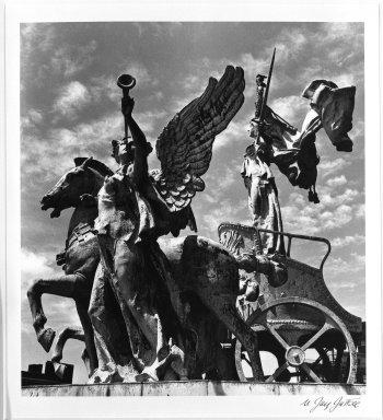 N. Jay Jaffee (American, 1921-1999). Brooklyn Plaza, 1953. Gelatin silver photograph, Sheet: 11 3/4 x 10 3/4 in. (29.8 x 27.3 cm). Brooklyn Museum, Gift of the artist, 79.47.8. © The N. Jay Jaffee Trust