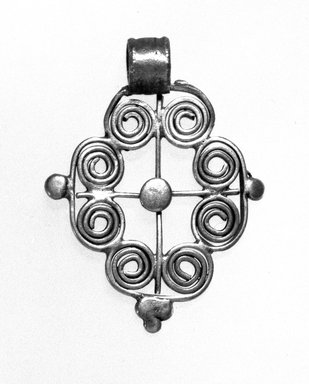 Amhara. Pendant Cross, 19th or 20th century. Silver, 1 3/4 x 1 1/4 in. (4.5 x 3.2 cm). Brooklyn Museum, Gift of George V. Corinaldi Jr., 79.72.12. Creative Commons-BY