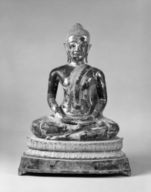Seated Buddha, ca. 1780. Bronze, black lacquer, gold leaf, 35 x 26 x 14 1/2 in. (88.9 x 66 x 36.8 cm). Brooklyn Museum, Gift of Dr. Andrew Dahl, 80.115.11. Creative Commons-BY