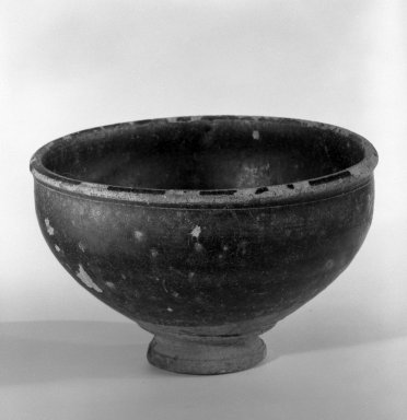 Bowl, 12th-13th century. Glazed stoneware, 2 5/8 x 4 3/8 in. (6.7 x 11.1 cm). Brooklyn Museum, Gift of Dr. Andrew Dahl, 80.115.6. Creative Commons-BY