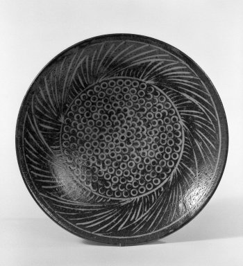 Shimaoka Tatsuzo (Japanese, born 1919). Plate, ca. 1970. Stoneware, 2 5/8 x 12 in. (6.7 x 30.5 cm). Brooklyn Museum, Gift of Sidney B. Cardozo, Jr., 80.175.1. Creative Commons-BY