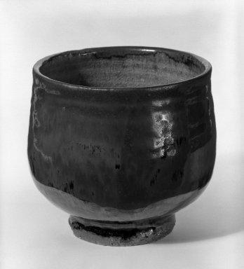 Takeuchi Seijiro (Japanese, 1921-1979). Tea Bowl, ca. 1970. Stoneware, 4 1/8 x 4 1/2 in. (10.5 x 11.4 cm). Brooklyn Museum, Gift of Sidney B. Cardozo, Jr., 80.175.4. Creative Commons-BY