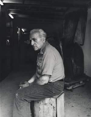 Arthur Mones (American, 1919-1998). Raul Hague. Gelatin silver photograph Brooklyn Museum, Gift of Ruth Mones, 80.226.4. © Estate of Arthur Mones