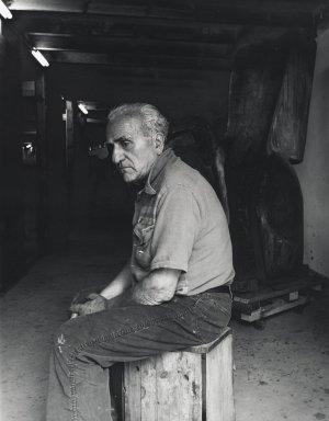 Arthur Mones (American, 1919-1998). Raul Hague. Gelatin silver photograph Brooklyn Museum, Gift of Ruth Mones, 80.226.4. © Estate of Arthur Mones