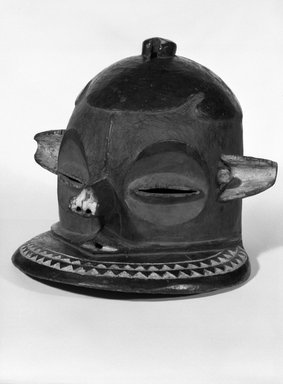 Pende (Eastern). Helmet Mask (Kipoko), 19th-20th century. Wood, pigment, 9 1/2 x 12 1/2 x 12 1/2 in. (24.0 x 31.0 x 31.0 cm). Brooklyn Museum, Gift of Jay M. Haft, 80.243.17. Creative Commons-BY