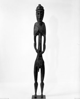 Male Figure. Wood, pigment, H: 89 in. (226.1 cm). Brooklyn Museum, Gift of Mrs. Melville W. Hall, 81.164.14. Creative Commons-BY