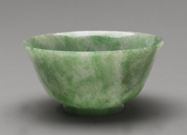 Bowl, 19th century. Jadeite, 2 3/4 x 5 3/8 in. (7 x 13.7 cm). Brooklyn Museum, Gift of Mr. and Mrs. James Leipner, 81.292. Creative Commons-BY