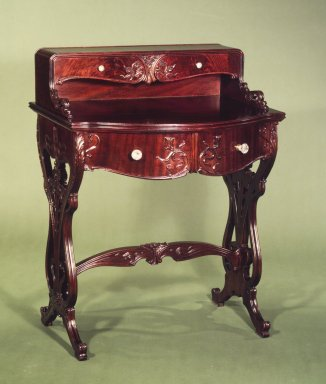 American. Desk, 1900-1910. Mahogany, sycamore, 37 3/4 x 29 x 22 in. (95.9 x 73.7 x 55.9 cm). Brooklyn Museum, H. Randolph Lever Fund, 81.56.1. Creative Commons-BY