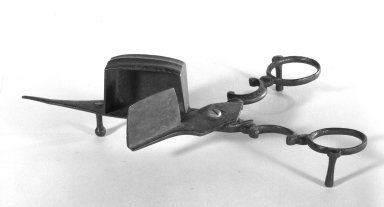 American. Candle-snuffer, early 19th century. Iron, 2 3/8 x 7 1/4 in. (6 x 18.4 cm). Brooklyn Museum, Gift of Fred Tannery, 82.112.6. Creative Commons-BY