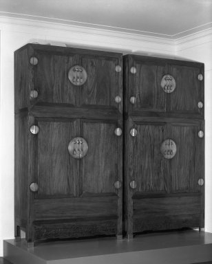 Cabinet, One of Pair, ca. 1600. Zhangmu (Camphorwood), clothes section: 106 1/8 in. (269.6 cm). Brooklyn Museum, Gift of Mr. and Mrs. Harry Feinberg and Dr. and Mrs. Robert Feinberg, 82.174.2. Creative Commons-BY