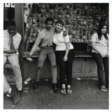 Stephen Salmieri (American, born 1945). Coney Island, 1968. Gelatin silver photograph, Sheet: 14 x 11 in. (35.6 x 27.9 cm). Brooklyn Museum, Gift of Edward Klein, 82.201.5. © Stephen Salmieri