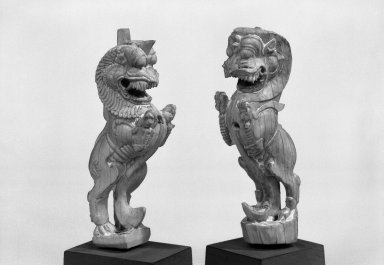 Rampant Lion, One of Pair, 17th - 18th century. Ivory, 4 7/8 x 1 1/4 in. (12.4 x 3.2 cm). Brooklyn Museum, Gift of Dr. Fred S. Hurst, 82.223.7. Creative Commons-BY