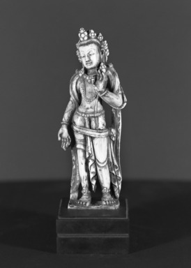Standing Padmapani. Ivory, polychrome, 5 1/4 x 3 5/8 in. (13.3 x 9.2 cm). Brooklyn Museum, Gift of Amy and Robert L. Poster, 82.227.3. Creative Commons-BY