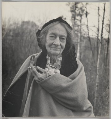 Consuelo Kanaga (American, 1894-1978). [Untitled] (Amy Murray). Gelatin silver photograph, 11 1/8 x 10 5/8 in. (28.3 x 27 cm). Brooklyn Museum, Gift of Wallace B. Putnam from the Estate of Consuelo Kanaga, 82.65.131