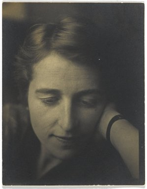 Consuelo Kanaga (American, 1894-1978). Kathryn Hume, 1920s or 1930s. Gelatin silver photograph Brooklyn Museum, Gift of Wallace B. Putnam from the Estate of Consuelo Kanaga, 82.65.133