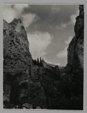 Consuelo Kanaga (American, 1894-1978). [Untitled] (Landscape). Gelatin silver photograph, 5 x 3 3/4 in. (12.7 x 9.5 cm). Brooklyn Museum, Gift of Wallace B. Putnam from the Estate of Consuelo Kanaga, 82.65.205