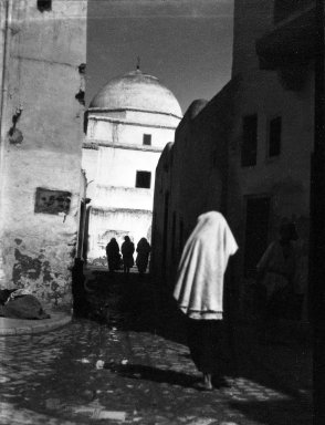 Brooklyn Museum: [Untitled] (Women on a Street, Kairouan, North Africa)