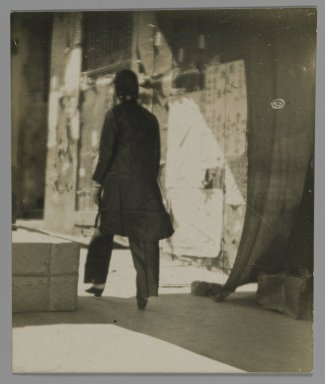 Consuelo Kanaga (American, 1894-1978). [Untitled] (Chinatown, San Francisco). Gelatin silver photograph, 3 1/4 x 2 3/4 in. (8.3 x 7 cm). Brooklyn Museum, Gift of Wallace B. Putnam from the Estate of Consuelo Kanaga, 82.65.219