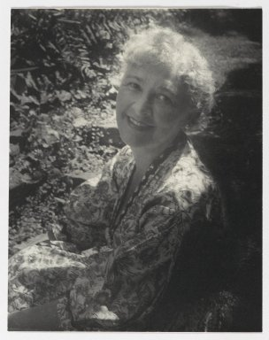 Consuelo Kanaga (American, 1894-1978). [Untitled] (Lewisohn). Gelatin silver photograph, 8 1/8 x 6 1/4 in. (20.6 x 15.9 cm). Brooklyn Museum, Gift of Wallace B. Putnam from the Estate of Consuelo Kanaga, 82.65.300