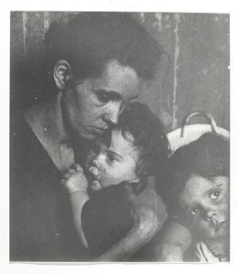 Consuelo Kanaga (American, 1894-1978). [Untitled] (Woman with Children). Gelatin silver photograph Brooklyn Museum, Gift of Wallace B. Putnam from the Estate of Consuelo Kanaga, 82.65.313
