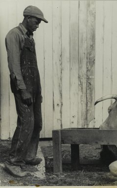 Consuelo Kanaga (American, 1894-1978). [Untitled] (Tennessee Farmer). Gelatin silver photograph, 10 7/8 x 6 7/8 in. (27.6 x 17.5 cm). Brooklyn Museum, Gift of Wallace B. Putnam from the Estate of Consuelo Kanaga, 82.65.359