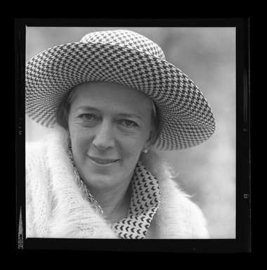 Consuelo Kanaga (American, 1894-1978). [Untitled]. Safety Negative, 2 1/4 x 2 1/4 in. (5.7 x 5.7 cm). Brooklyn Museum, Gift of Wallace B. Putnam from the Estate of Consuelo Kanaga, 82.65.516