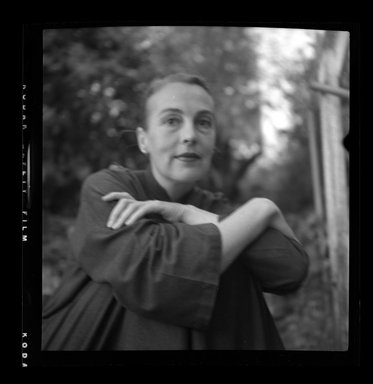 Consuelo Kanaga (American, 1894-1978). [Untitled]. Negative, 2 1/4 x 2 1/4 in. (5.7 x 5.7 cm). Brooklyn Museum, Gift of Wallace B. Putnam from the Estate of Consuelo Kanaga, 82.65.631