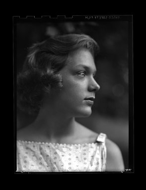 Consuelo Kanaga (American, 1894-1978). [Untitled]. Negative, 3 1/8 x 4 1/4 in. (7.9 x 10.8 cm). Brooklyn Museum, Gift of Wallace B. Putnam from the Estate of Consuelo Kanaga, 82.65.703