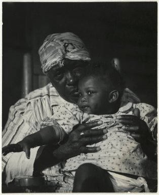 Consuelo Kanaga (American, 1894-1978). [Untitled] (Woman and Child). Gelatin silver photograph, Image: 4 x 3 1/4 in. (10.2 x 8.3 cm). Brooklyn Museum, Gift of Wallace B. Putnam from the Estate of Consuelo Kanaga, 82.65.98