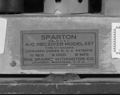 Brooklyn Museum: Sparton Table Radio