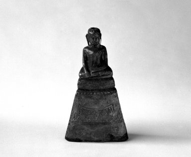 Ayudhya Buddha Image, 3 of 3, 17th century. Wood and silver, H: 3 3/4 in. (9.5 cm). Brooklyn Museum, Gift of Dr. Joel Canter, 83.181.15. Creative Commons-BY