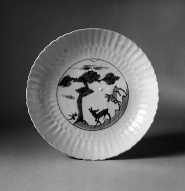Plate, 1621-1627. Porcelain with underglaze, 1 3/8 x 7 15/16 in. (3.5 x 20.1 cm). Brooklyn Museum, Gift of Dr. Ralph C. Marcove, 83.243.2. Creative Commons-BY