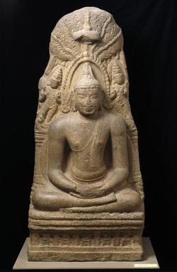 Buddha Meditating Under the Bodhi Tree, ca. 900 A.D. Granite, 69 1/2 x 31 1/2 x 18 1/2 in., 2357 lb. (176.5 x 80 x 47 cm, 1069.13kg). Brooklyn Museum, Gift of Alice Boney, 84.132. Creative Commons-BY