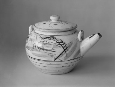 "Ko-Mashiko Ware Mado-e Dobin ""Window Picture"" Teapot, ca. 1915-35. Stoneware, 6 3/4 x 9 1/2 in. (17.1 x 24.1 cm). Brooklyn Museum, Gift of Dr. John P. Lyden, 84.139.12a-b. Creative Commons-BY"