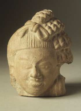Head of a Male Figure, 5th century. Red Terracotta, 3 3/4 x 2 7/8 in. (9.5 x 7.3 cm). Brooklyn Museum, Gift of Georgia and Michael de Havenon, 84.184.6. Creative Commons-BY