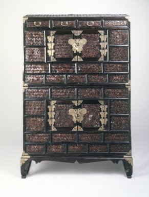 Two-unit Stacked Chest, late 19th-early 20th century. Split-bamboo basketry on wood; brass fittings, 48 x 33 1/2in. (121.9 x 85.1cm). Brooklyn Museum, Gift of Robert S. Anderson, 84.244.3a-c. Creative Commons-BY
