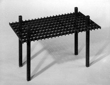 David Zelman. Interlocking Occasional Table, 1985. Steel, 35 1/4 x 12 x 9 in. (89.5 x 30.5 x 22.9 cm). Brooklyn Museum, Gift of Norma Duell, 85.152.1. Creative Commons-BY