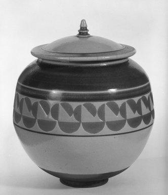 Jamie Davis. Covered Jar, ca. 1976. Ceramic, 7 1/2 x 6 1/2 x 6 1/2 in. (19.1 x 16.5 x 16.5 cm). Brooklyn Museum, Gift of Robert J. Mehlman, 85.209a-b. Creative Commons-BY