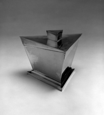 Elsa Tennhardt (American, born Germany, 1899-1980). Ice Bucket, Part of Five-piece Set, Patented 1928. Silver-plated brass, brass, 6 x 8 1/4 x 7 1/4 in. (15.2 x 21 x 18.4 cm). Brooklyn Museum, Designated Purchase Fund, 85.213.2a-b. Creative Commons-BY
