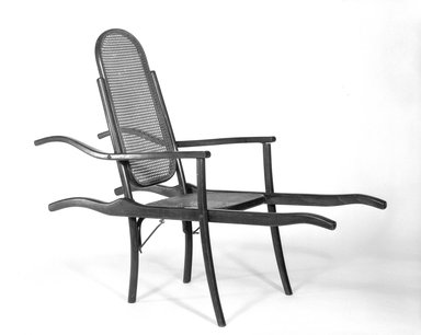 D.G. Fischel & Sons. Invalid's Chair, ca. 1890. Steam-bent beechwood, 46 x 22 1/2 x 58 in. (116.8 x 57.2 x 147.3 cm). Brooklyn Museum, Gift of Dr. Barry R. Harwood, 85.269. Creative Commons-BY