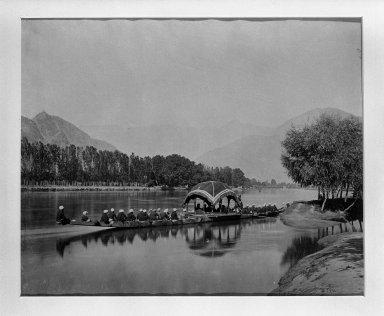 "Samuel Bourne (British, 1834-1912). Print from ""Views of India,"" 1862-1872. Albumen silver photograph, 9 x 11 in. (22.9 x 27.9 cm). Brooklyn Museum, Gift of Matthew Dontzin, 85.274.12"