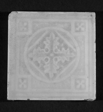 International Tile Company. Tile, 1882-1888. Earthenware, 1/2 x 4 1/2 x 4 1/2 in. (1.3 x 11.4 x 11.4 cm). Brooklyn Museum, Gift of Florence I. Barnes, 85.6.2. Creative Commons-BY