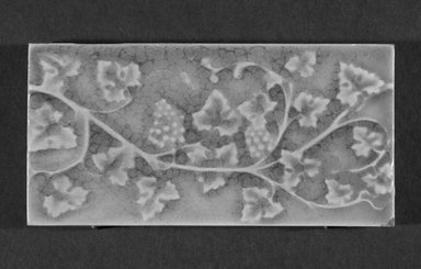 International Tile Company. Tile, 1882-1888. Earthenware, 1/2 x 6 x 3 in. (1.3 x 15.2 x 7.6 cm). Brooklyn Museum, Gift of Florence I. Barnes, 85.6.7. Creative Commons-BY