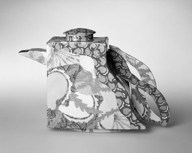 Concetta Fenicchia. Teapot with Cover, ca. 1986. Glazed earthenware, 8 1/2 x 12 x 2 7/8 in. (21.6 x 30.5 x 7.3 cm). Brooklyn Museum, Gift of the artist, 86.125a-b. Creative Commons-BY