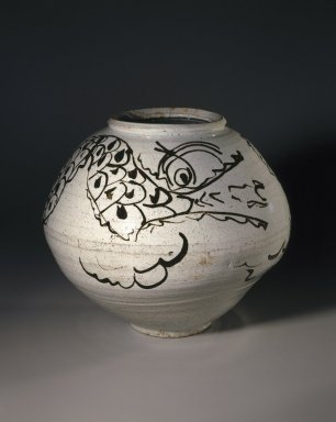 Dragon Jar, mid 17th century. Porcelain with iron-painted decoration under clear glaze, 12 3/8 x 14 5/8in. (31.4 x 37.1cm). Brooklyn Museum, Gift of the Asian Art Council, 86.139. Creative Commons-BY