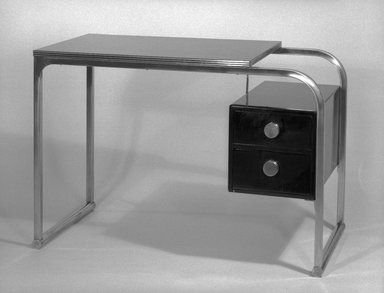Gilbert Rohde (American, 1894-1944). Desk, ca. 1934. Chromed tubular steel, plastic laminate, wood, paint, 29 x 42 x 22 in. (73.7 x 106.7 x 55.9 cm). Brooklyn Museum, Designated Purchase Fund, 86.18. Creative Commons-BY
