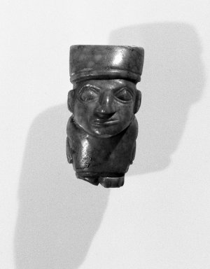 Wari. Figurine, C.E. 700-1000. Turquoise, 1 1/4 x 1/2 x 3/4 in. (3.2 x 1.3 x 1.9 cm). Brooklyn Museum, Gift of the Ernest Erickson Foundation, Inc., 86.224.106. Creative Commons-BY