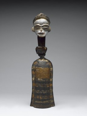 Tsogho. Gong (Mokenge), 19th or 20th century. Iron, wood, paint, 16 3/4in. (42.5cm). Brooklyn Museum, Gift of the Ernest Erickson Foundation, Inc., 86.224.146. Creative Commons-BY