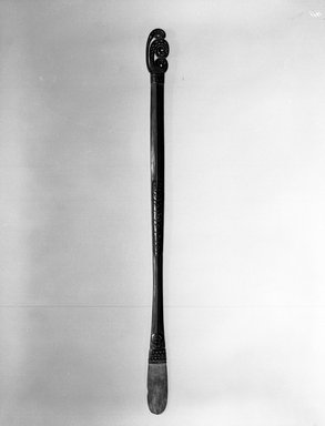 Lime Spatula (Kena), 20th century. Wood, lime, Length: 17 in. Brooklyn Museum, Gift of the Ernest Erickson Foundation, Inc., 86.224.148. Creative Commons-BY